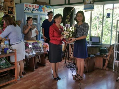 งานเลี้ยงส่งแสดงความยินดีกับครูผู้ช่วยคนใหม่