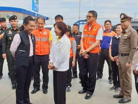 รัฐมนตรีช่วยว่าการกระทรวงศึกษาธิการ ตรวจเยี่ยมให้กำลังใจ