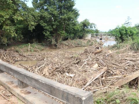 ช่วยเหลือน้ำท่วมทับลาน หมู่2 บ้านขุนศรี