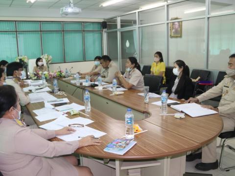 ประชุมคณะกรรมการพัฒนาแผนการเรียนฐานสมรรถนะอาชีพ
